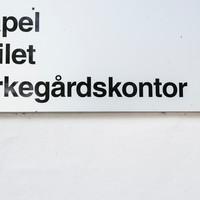 skilt08