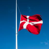 Flag på halv